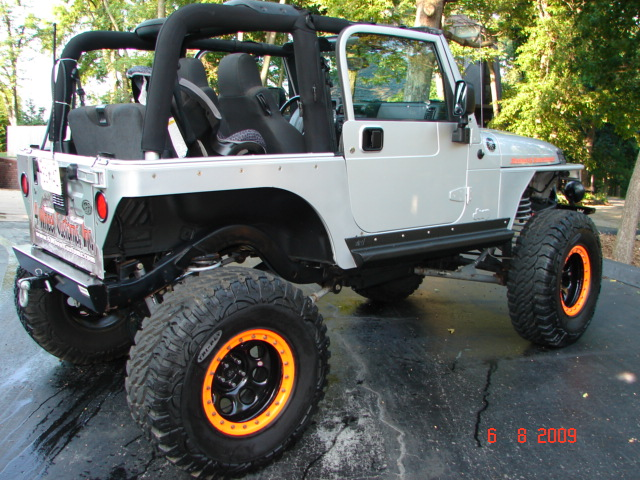 2004 Jeep TJ Supercharger Stroked amp Lifted 8quot 400 HP Engine