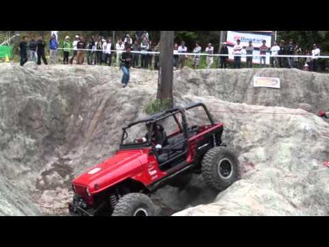 Rock Crawling Video