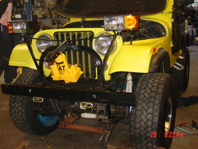 Plow 2558 custom install on 1982 Lifted Jeep Scrambler CJ8 …