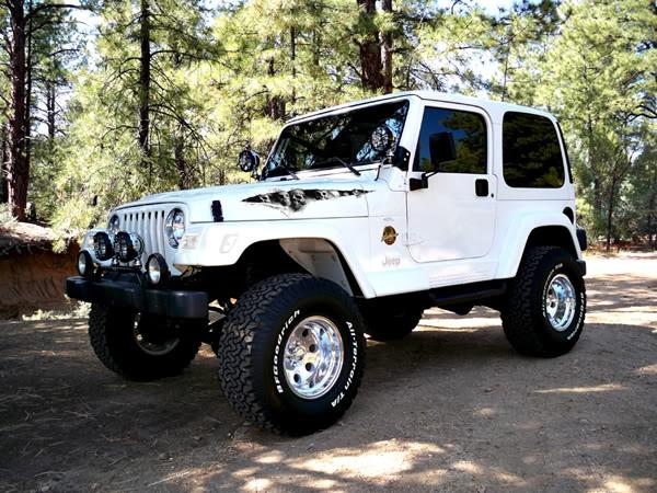 Pics of tear graphics and custom paint  Jeep Wrangler Forum  got …