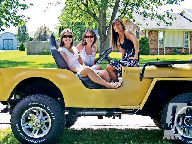 Jeep Chicks Yellow Jeep Girls Photo 1  got 4 x 4