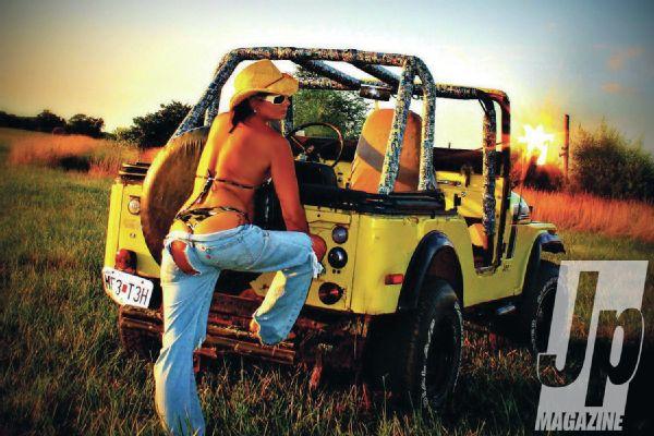 Jeep Chix Edition – Sideways – Jp Magazine