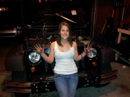 user-spark-girl-500-3 theTHROTTLE got jeep  got jeep