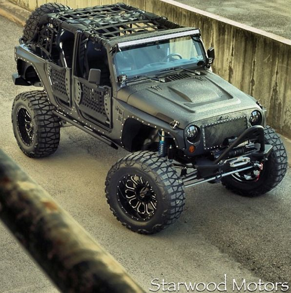 Starwood Motors Custom Kevlar Jeep- FMJ  Bagnoles Jeep  got 4 x 4