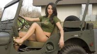 Happy Friday More Hot Girls Posing With Hot Jeeps – JK-Forum …