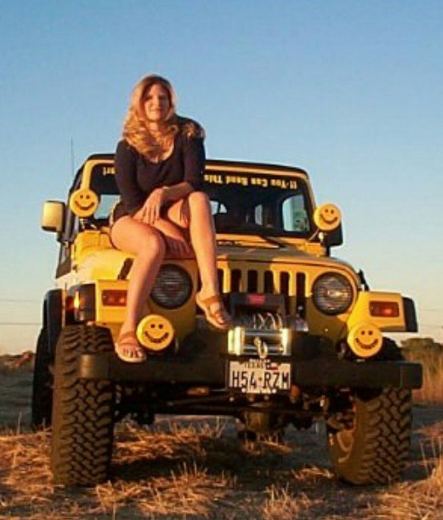 Hot Jeep Girls  Jeep Wrangler  Jeep Jeep wrangler Jeep 4×4