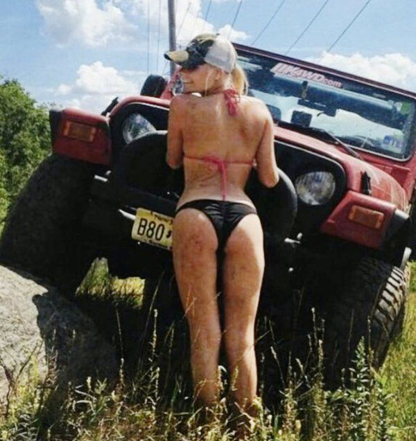Dirty sexy Jeep girls 67 Photos