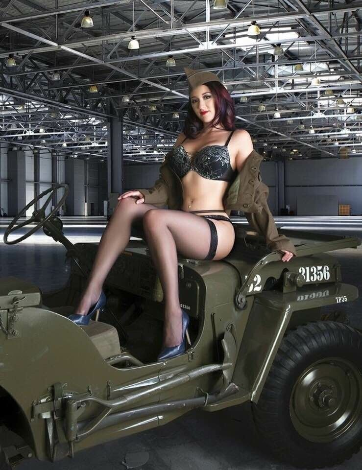 Pin on Jeep Girls 11 Jeep Girls in uniform