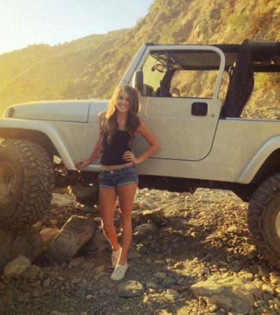 Hot girls Jeeps  Barnorama