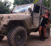 Photos of hot Jeep girls  theCHIVE  Jeep girls  Jeep Jeep …
