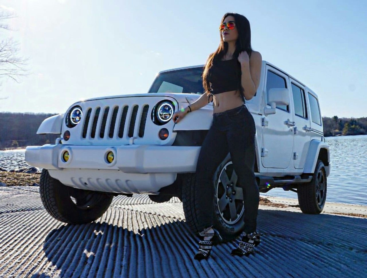 Pin on Jeep girl