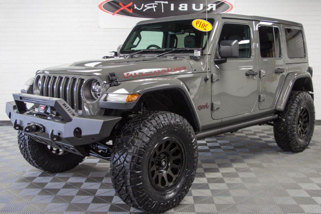 Custom Jeep Wrangler Rubicon Unlimited Jlu Sting Gray  HandandBeak