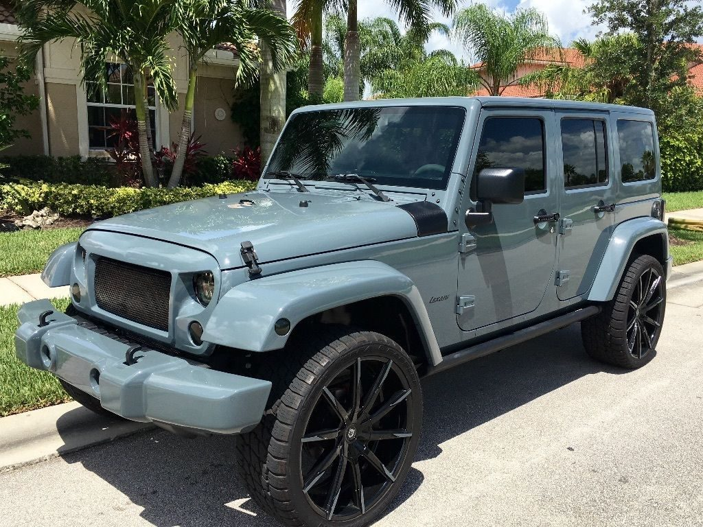 Pin by Car Auctions on JEEP  Custom jeep Jeep wrangler sahara …