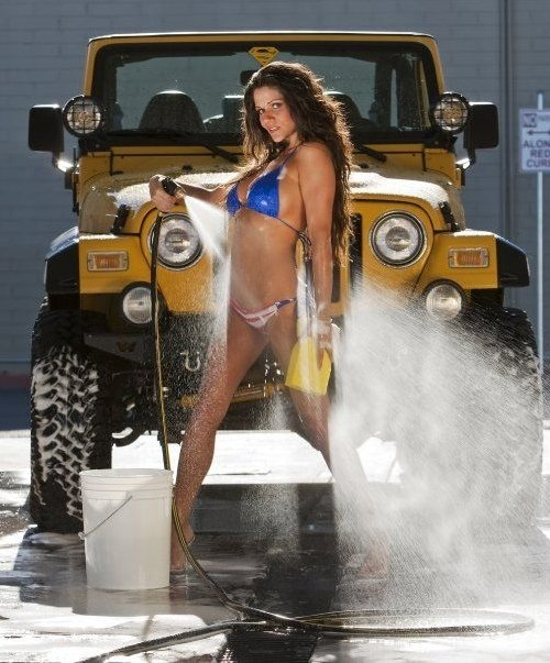 Photos of hot Jeep girls  theCHIVE